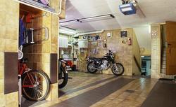 Posadzki betonowe i posadzki epoksydowe - dobre rozwiązanie do garażu i kotłowni