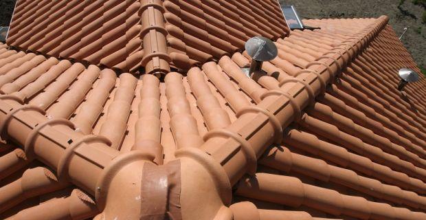 Kolejność prac na remontowanym dachu