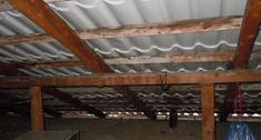 Jak ułożyć membranę dachową w starym dachu, bez demontażu pokrycia?