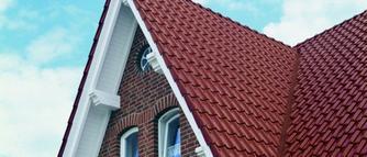Jak dobrać pokrycie dachowe i jak o nie dbać, aby przetrwało długie lata?
