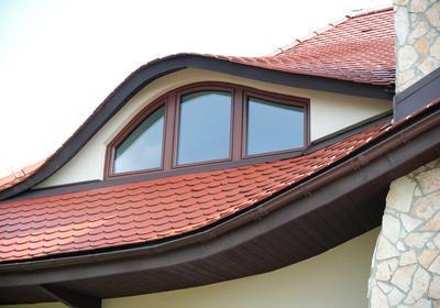 Nietypowe okna - bawole oko, wykusz, lukarna. Jakie okna pasują do wybranej konstrukcji?