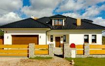 Komfortowy dom dla dużej rodziny. Jak powinien wyglądać dom wielopokoleniowy?