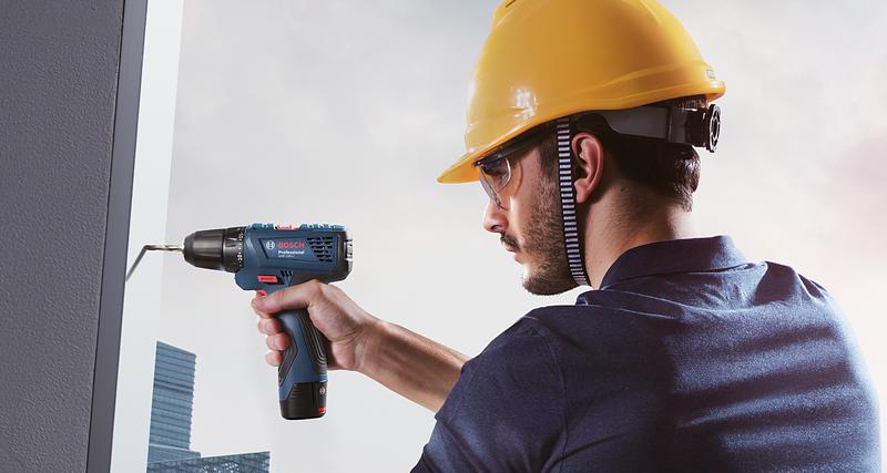 Nowa wiertarko-wkrętarka akumulatorowa Bosch. Duże możliwości w małej obudowie