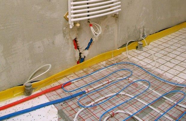Ogrzewanie podłogowe. Jaką temperaturę powinna mieć podłoga w domu?