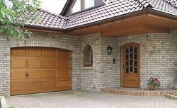 Właściwie i źle zaprojektowane połączenie garażu z domem