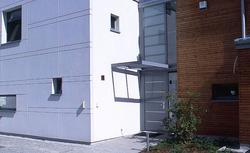 Drzwi zewnętrzne do domu energooszczędnego: drzwi o dobrej izolacyjności termicznej